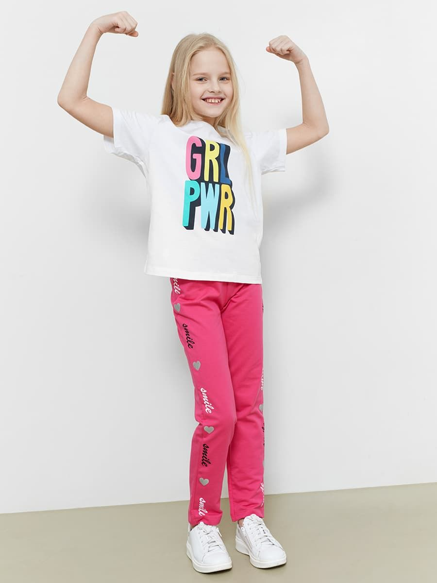 Яркие брюки для девочек от Mark Formelle