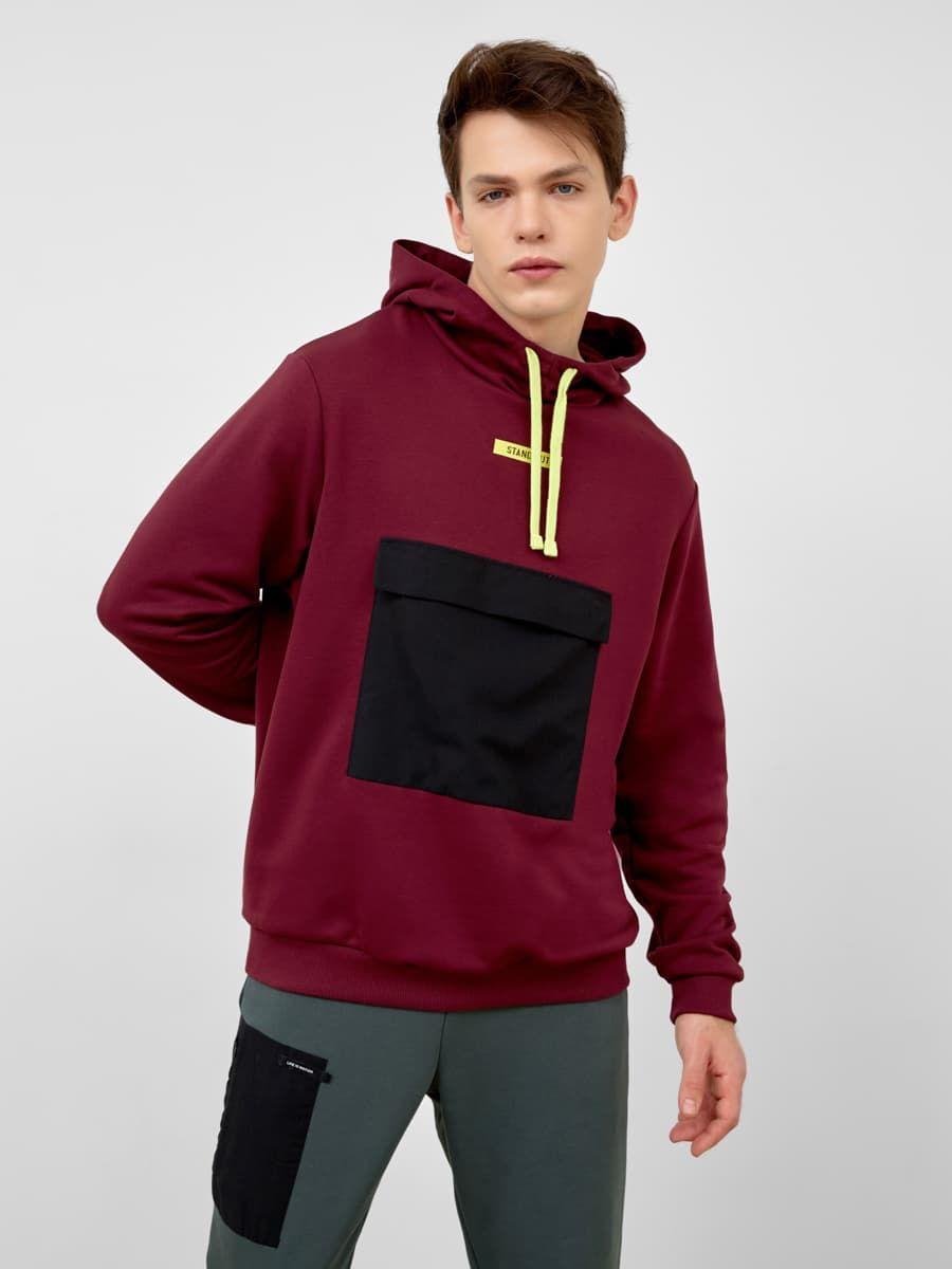 Бордовое худи с карманом от Mark Formelle