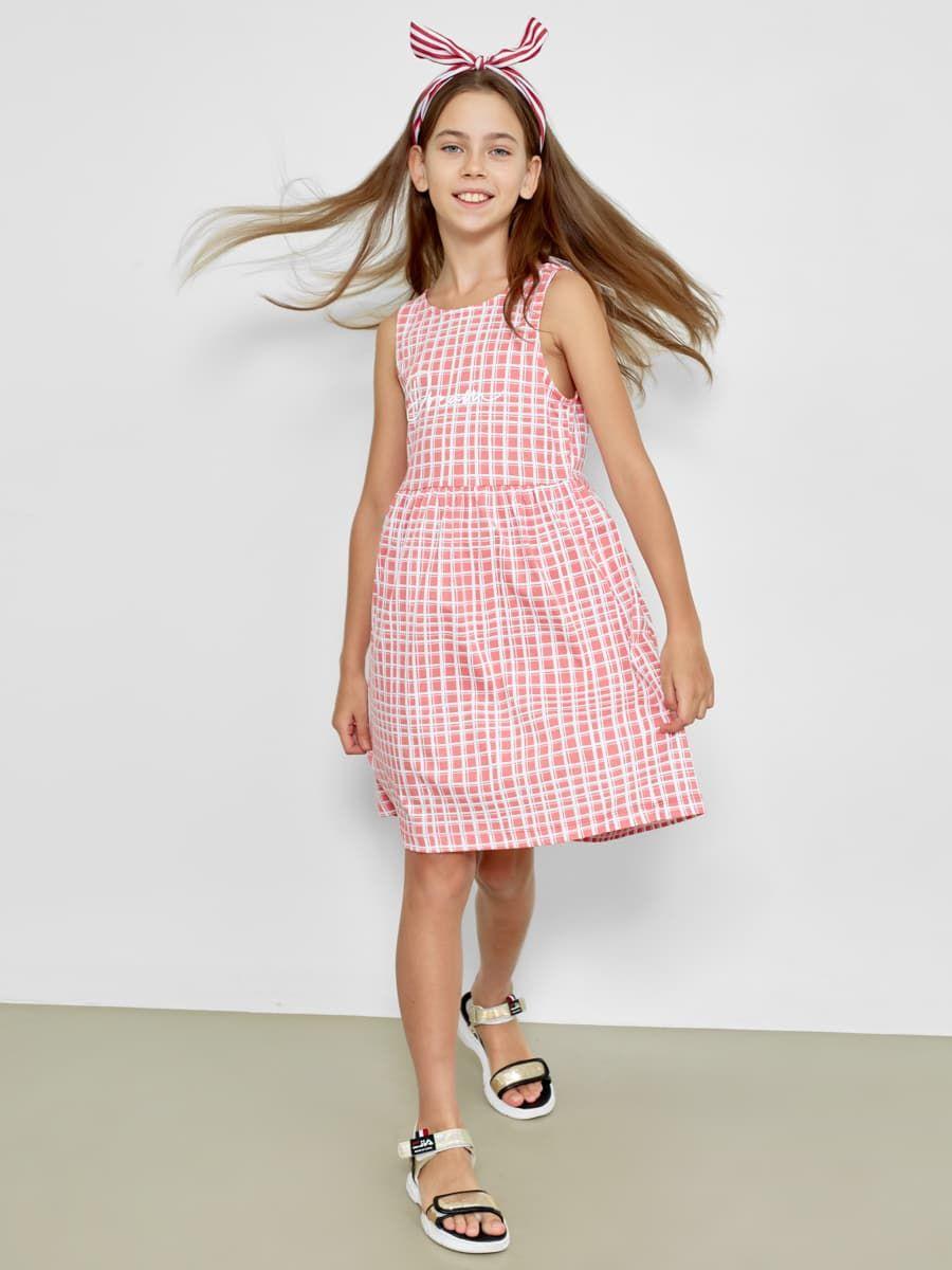 Повседневное платье без рукавов от Mark Formelle